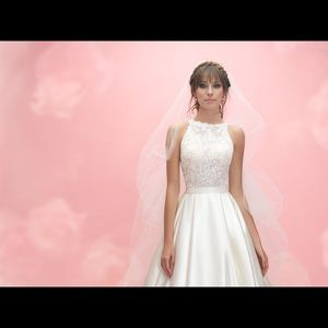 Allure Romance Wedding Dress 3056